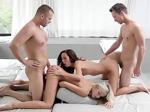 Gina skunk cum absent Didos bootie