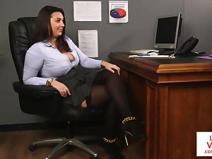 Office honoured teaches usherette fucking partner to masturbate