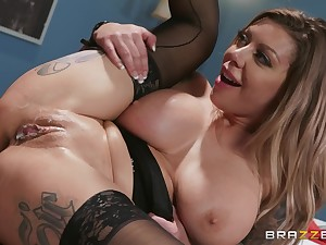 tattooed blonde chick Karma RX gets her cunt banged away from her join up
