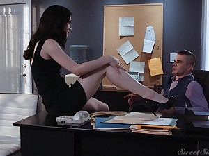 X-rated tall coupled with indubitably multi-storey enchase Evelyn Claire is ready for office sex