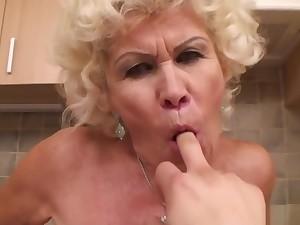 Effie Granny communistic